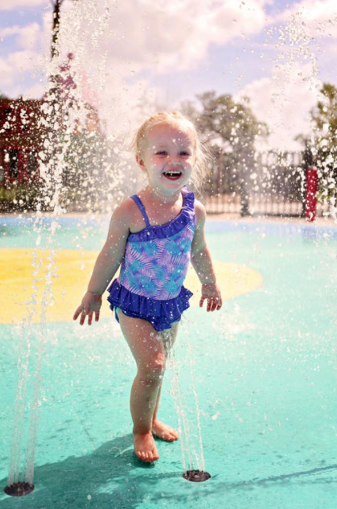 girl in splash pad